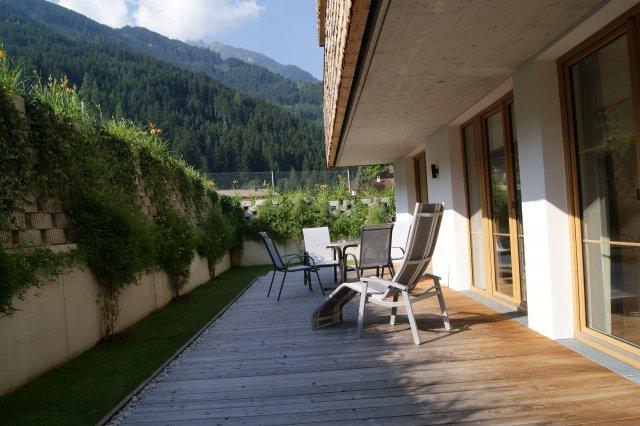 Terrasse im Sonnenschein